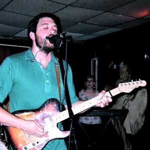 Elonzo at The Radio Room in Greenville, 7/20/12