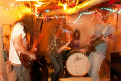 Show Preview: The Weeks at Horizon Records 9/27 4:30pm