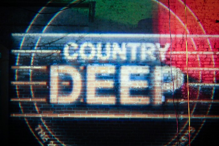 Country Deep Tour Gets Rowdy In Charleston