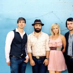 Nashville's Drew Holcomb & The Neighbors set to play at Charleston Music Hall