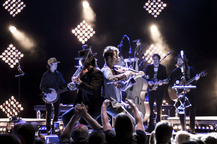 [Photos] Old Crow Medicine Show and Brandi Carlile - The Charter Amphitheater